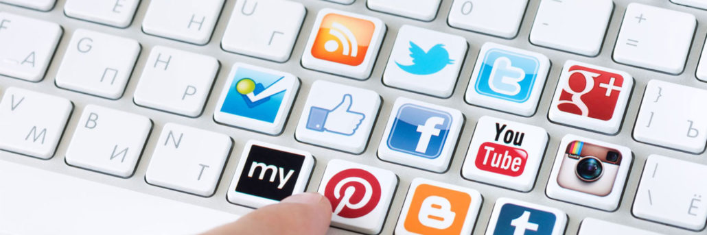 Devenir Community Manager avec des outils de communication en ligne