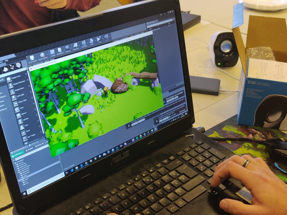 futurs développeurs jeu video en pleine game jam