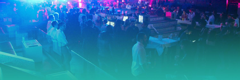 Etudiants de Bordeaux Ynov Campus lors de la soirée de gala de rentrée à The Base
