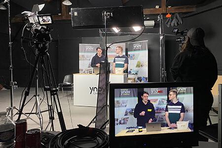 Etudiants Ynov Audiovisuel lors du tournage d'une WebTV