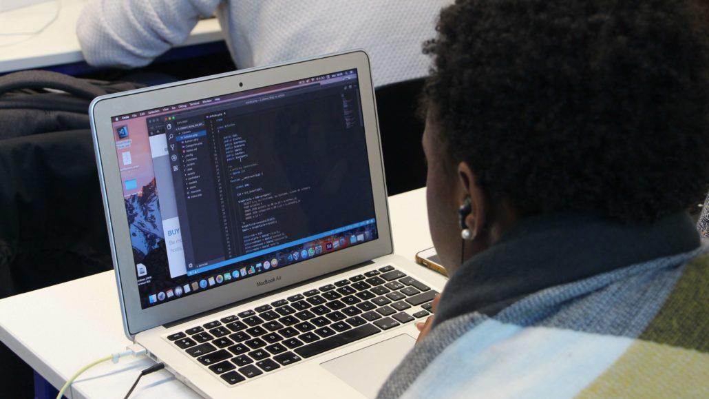 Etudiante en cours de Bachelor Informatique